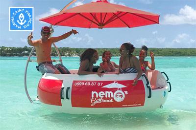 Nemo grill boat